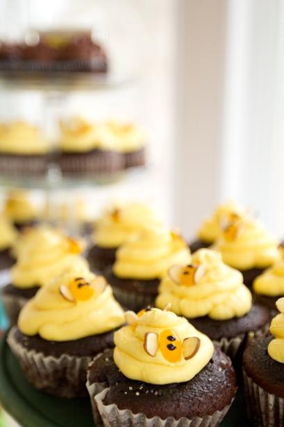 Ben's Bee-day cupcakes